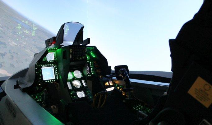 Jet im Simulator fliegen