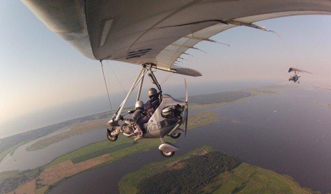 Trikeflug über traumhafter Landschaft